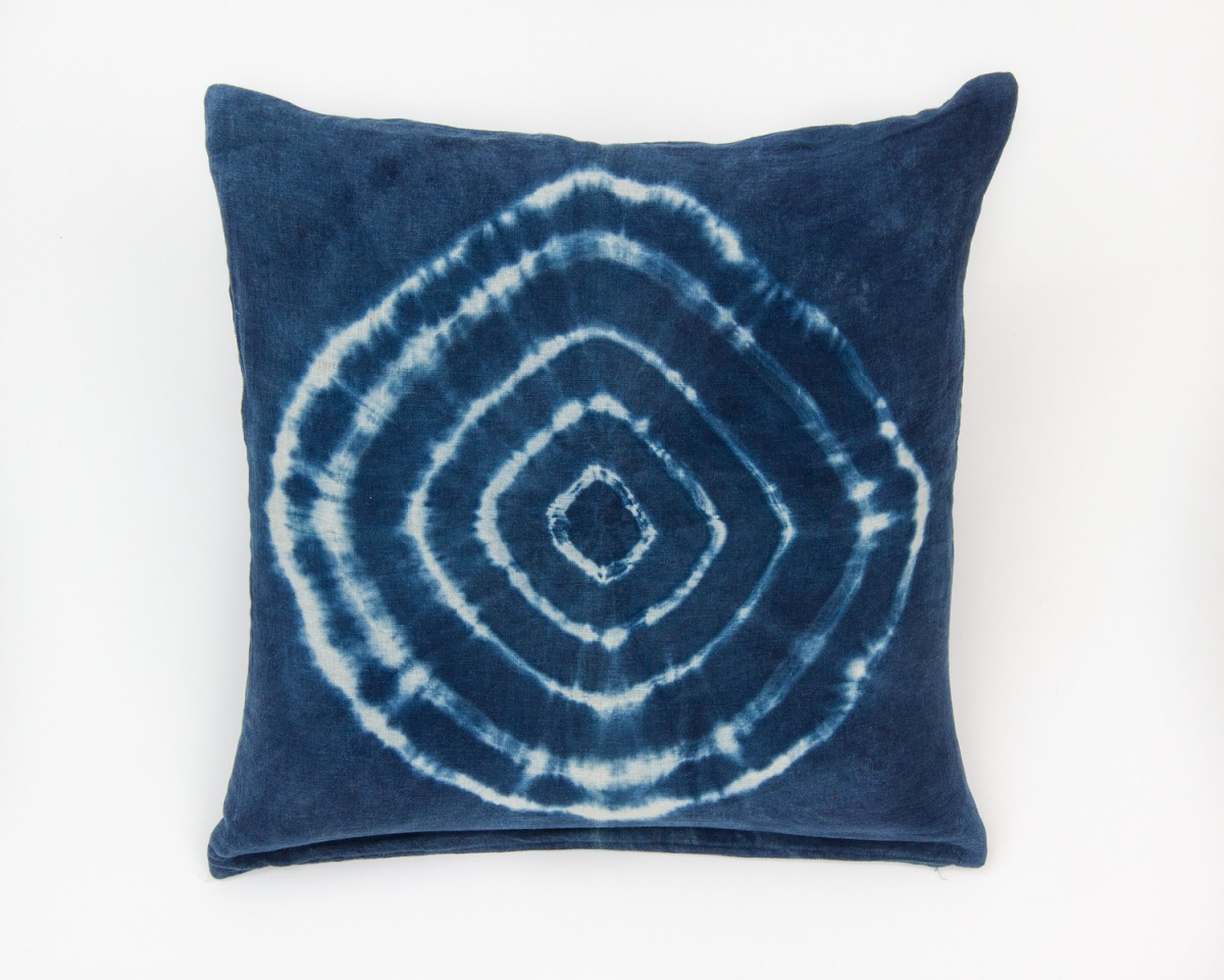 Blue Throw Pillow 20x20 : Handmade Natural Indigo Blue Tie Dye Bullseye Decorative Throw Pillow 20